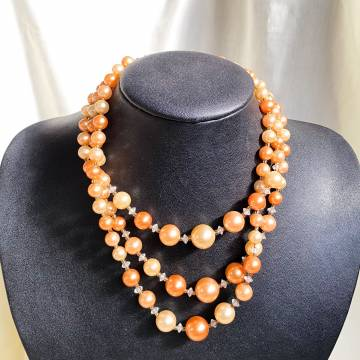 3 Layers Pearl Necklace in Orange Tones